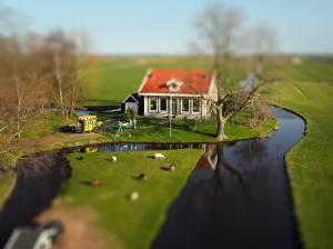Pastorie (tilt-shift) - Erik Hijweege
